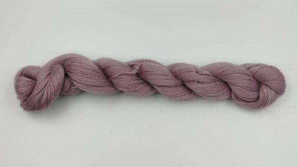 1 trådet kidmohair garn magnolia