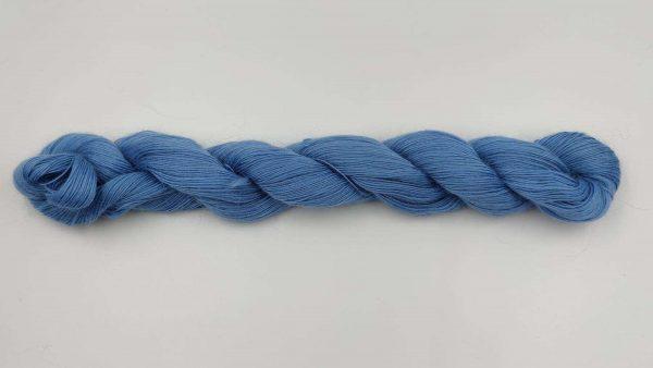 1 trådet kidmohair garn isblå