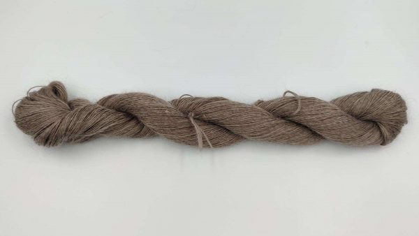 1 trådet kidmohair garn meleret brun